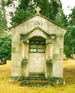 Winch mausoleum, Brookwood Cemetery